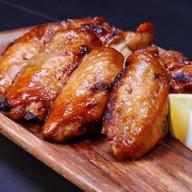 Крылышки куриные на углях Фото