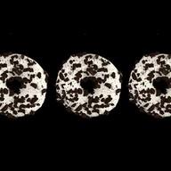Набор пончиков с шоколадным печеньем Фото