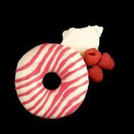 Пончик с двойной начинкой Малина Фото