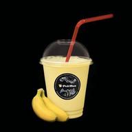 Молочный коктейль банановый Фото