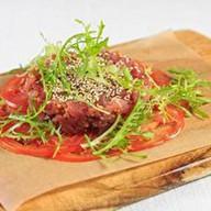 Тар-тар из тунца с томатами Фото