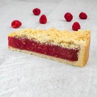 Пирог малиновый с миндалем Фото