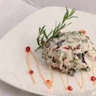 Салат из куриного филе с баклажанами Фото