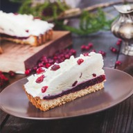 Брусничный пирог с белым шоколадом Фото