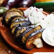 Баклажан с курдючным салом на мангале Фото
