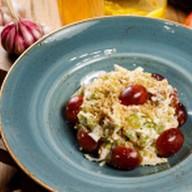 Салат куриный с виноградом Фото