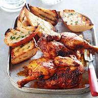 Цыпленок по-грузински с соусом Ткемали Фото