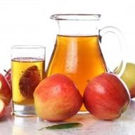 Яблочный свежевыжатый сок Фото
