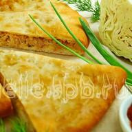 Осетинский пирог с капустой и луком Фото