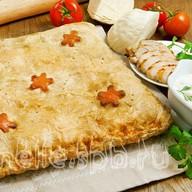 Пирог слоеный с курой и капустой Фото