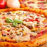 Пицца большая Фото