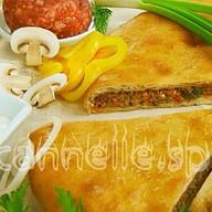 Осетинский пирог с мясом и овощами Фото