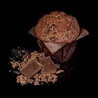 Маффин шоколадный с кусочками шоколада Фото