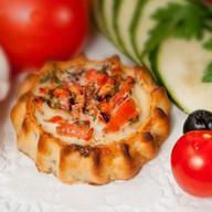 Перепечки с томатом и базиликом 8 шт. Фото