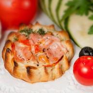 Перепечки с ветчиной и томатом 8 шт. Фото
