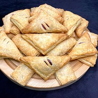 30 фуршетных пирожков (слоеное тесто) Фото