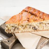 Пирог с картофелем и грибами Фото