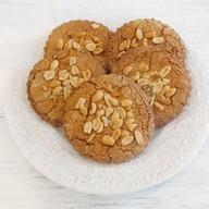 Набор коржей с арахисом Фото