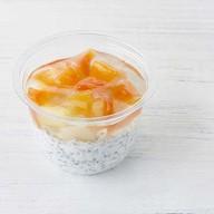 Десерт тропический Чиа пудинг Фото