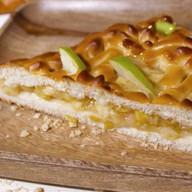 Пирог с грушей и яблоком Фото