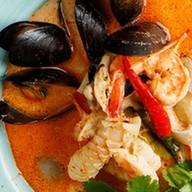 Азиатский суп с морепродуктами Фото