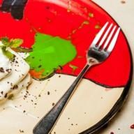 Бисквитное пирожное с клубникой, киви Фото