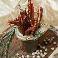 Мини-колбаски к пиву Фото