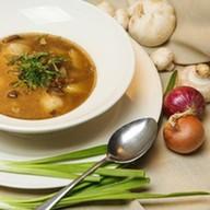 Суп с пельменями и ассорти из грибов Фото