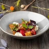 Тёплый салат из баклажанов Фото