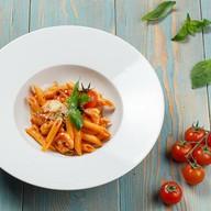 Паста с креветками, баклажанами с соусом Фото