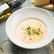 Сливочный суп с лососем и судаком Фото