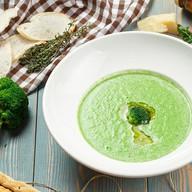 Крем-суп из брокколи с горгонзолой Фото