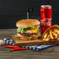 Комбо Хитбургер классический с телятиной Фото