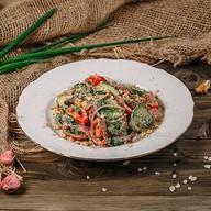 Грузинский салат с орехами Фото