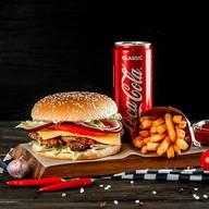 Комбо Чикенхит бургер с курицей Фото