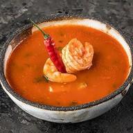 Острый томатный суп с креветками Фото