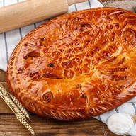Пирог с красной рыбой Фото