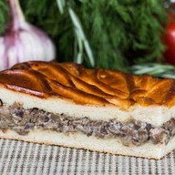 Пирог с грибным жульеном Фото