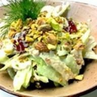 Салат из куриной грудки и винограда Фото