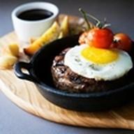 Бифштекс из рубленого мяса оленя Фото