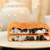 Пирог с курица, грибы, сыр,лук(слоеный) Фото