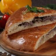 Говядина с картофелем (дрожжевой) Фото