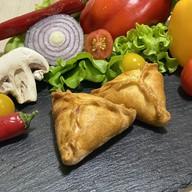 Фуршетные пирожки с курицей и картофелем Фото
