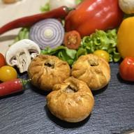 Фуршетные пирожки со свининой,картофелем Фото