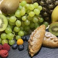 Фуршетные пирожки с яблоком и брусникой Фото