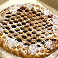 Пирог вишня-творог Фото