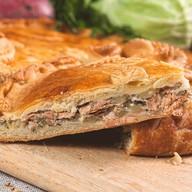 Пирог с кетой и картофелем Фото