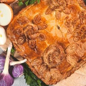 Пирог с курицей и капустой - Фото