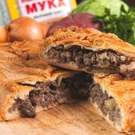 Пирог мясной (свинина и говядина) Фото