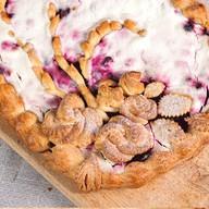 Пирог в сметанном соусе (черника) Фото